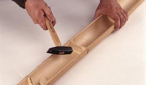 KROK I - Przecinanie bambusowej rury